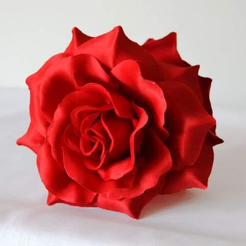 Flor Pelo Roja Con Pinza Mod. Rosa