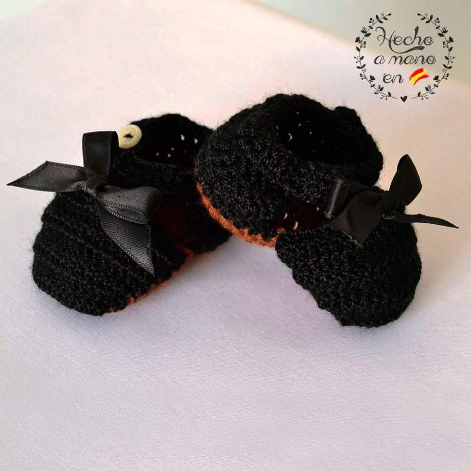 Zapatos tradicionales bebé niña