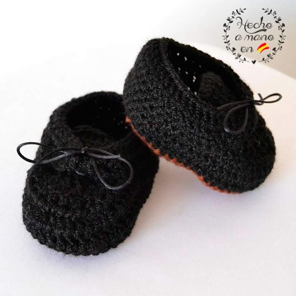 Zapatos tradicionales con cordones para bebé