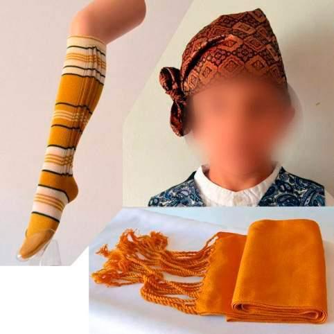 Pack pañuelo cabeza, medias y faja mostaza para traje baturro o regional