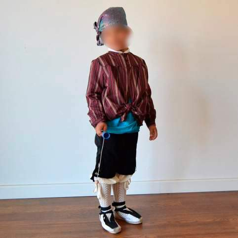 Traje baturro o regional con blusón granate para bebé, niño y adulto
