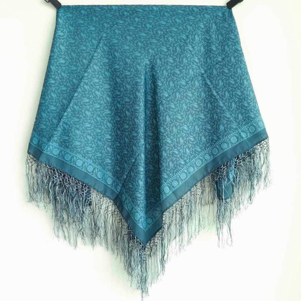Mantón con Flecos Azul PP3 para traje baturra o regional