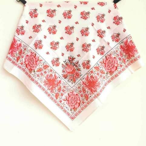 Pañuelo Crudo Rosa Estampado Indiana 5 para traje baturra o regional